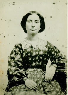 Photograph of Annie Corsina Fox, circa 1860